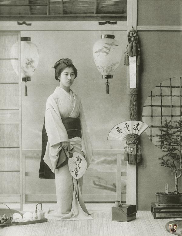新橋芸妓 壽々(おすず)